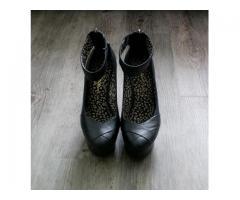 Jessica Simpson cipele