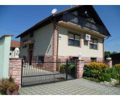 SNIŽENO- Kuća:Varaždin- Jalžabet, visoka prizemnica 190 m2+ Go. Zgrada