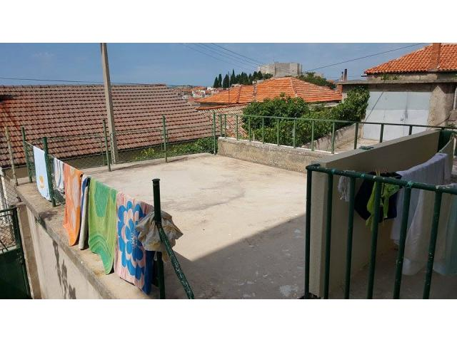 Prodajem stan u Sibeniku, Varos