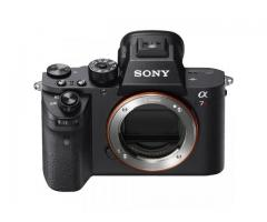 Sony a7R II Mirrorless / Canon Eos 5D Mark iv