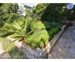 Reale estate from Dalmatia Nekretnina iz Dalmacije