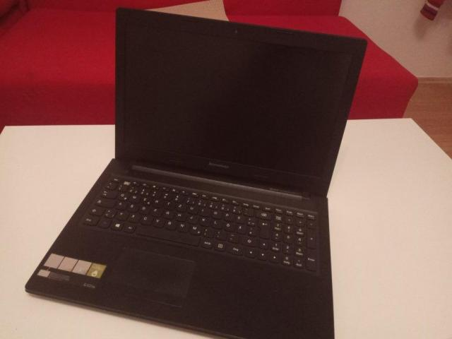 Lenovo G505s AMD A10 up to 3.5 Ghz Quad core,6 GB Rama,Dual Graphics - 3/8