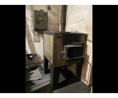 Peć za toplotnu obradu (kaljenje) PANDUR